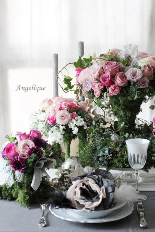 生花アレンジメントによるテーブルコーディネート