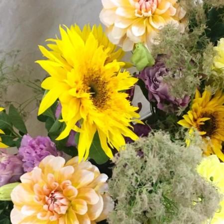 生花 アレンジメント フラワーレッスン ひまわり ダリア ブティック 生け込み