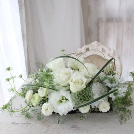 生花 アレンジメント 白 ホワイト レッスン 神戸 フラワーアンジェリク