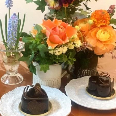 生花 アレンジメント 薔薇 バラ チョコケーキ